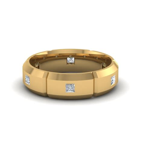 mens engagement rings in 18k yellow gold