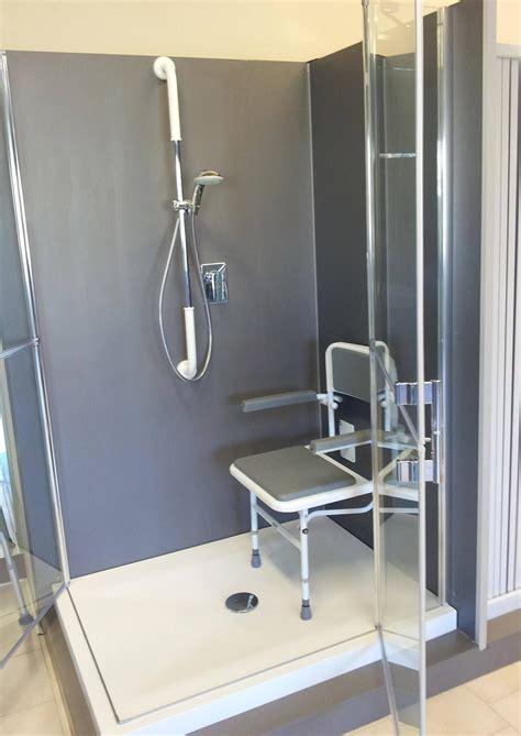 seggiolino per doccia ausili da bagno per anziani e disabili