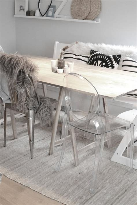 Dining Table With Ghost Chairs 25 Best Ideas About Ghost Chairs On Ghost Chairs Dining Clear Chairs And Acrylic Chair