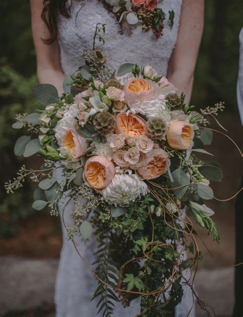 Wedding Bouquet Meme by White Wedding Bouquets With Crystals Memes