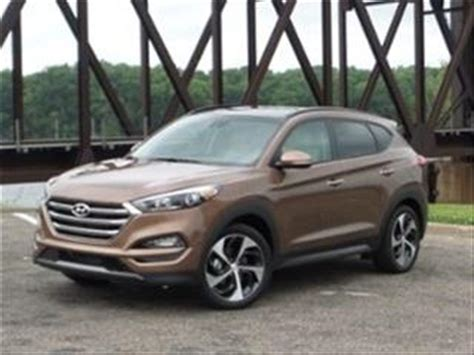 hyundai tucson 2016 brown 2016 hyundai tucson buyer s guide kelley blue book