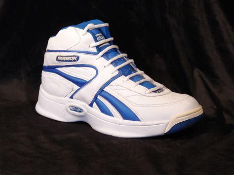 Kaos Reebok Original 3 vintage reebok basketball shoes