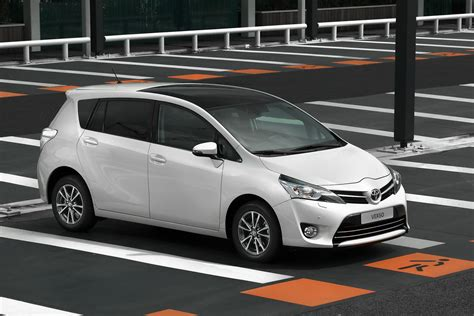 toyota verso 2013 toyota verso mpv gets a facelift autoevolution