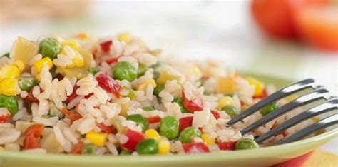 membuat nasi goreng dengan bumbu sederhana rahasia nasi goreng lezat walau pakai bumbu sederhana