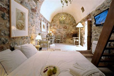 the athenian room touch ancient greece at citta dei nicliani