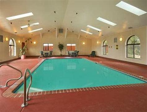 indoor heated pool super 8 st charles updated 2017 prices motel reviews