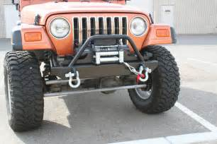 Jeep Winch Bumpers Bulldog Winch Jeep Tj Yj Front Stubby Bumper W Light Bar