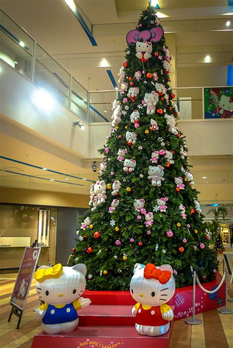 christmas in japan hello kitty xmas tree japan travel mate
