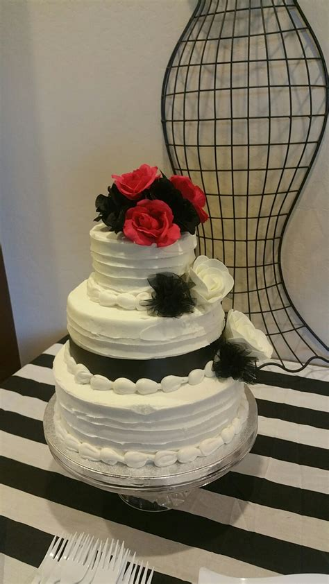 wedding cakes at sams club sam s club 3 tier cake for only 65 i like the texture to