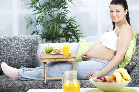 alimentazione donne incinte quanti chili bisognerebbe prendere in gravidanza