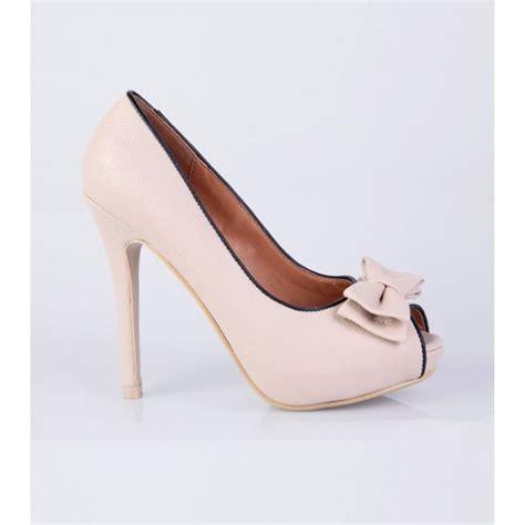 chaussures femmes a talon walking sandals