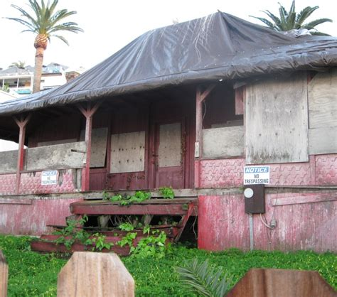 Historic La Jolla Cove Cottage B B On The Sea by San Diego Community News Tarnished Historic