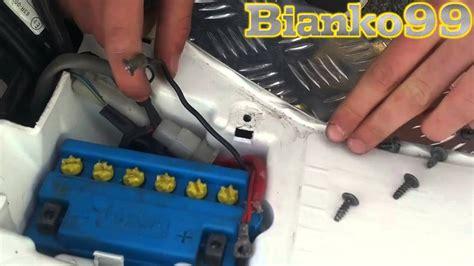 candela phantom f12 come montare una batteria in un motorino