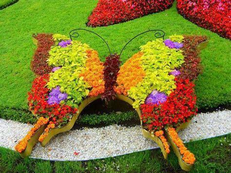 12 Beautiful Butterfly Designs To Shape Your Garden Flower Garden With Butterflies