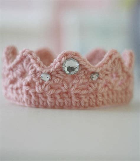 free crochet pattern for baby tiara newborn crown free pattern crochet pinterest