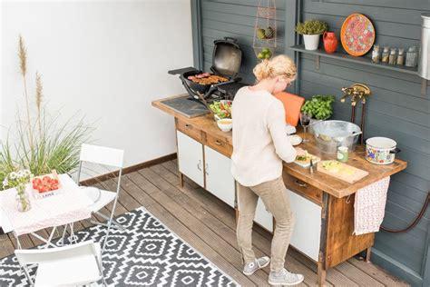 outdoor patio küche diy upcycling outdoor k 252 che aus einer werkbank alte