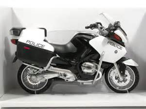 2009 bmw r1200rt p diecast motorcycle model 1 12