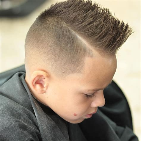 Hairstyles For Medium Hair Boys 2016 by Haircuts Ideas Haircut Trends 2015 Boys