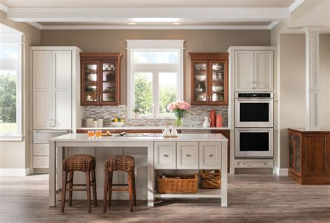 custom kitchen cabinets maryland yorktowne cabinets installation replacement md de