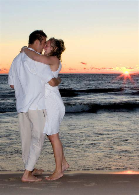 Laid Back Beach Wedding in St Joseph Michigan