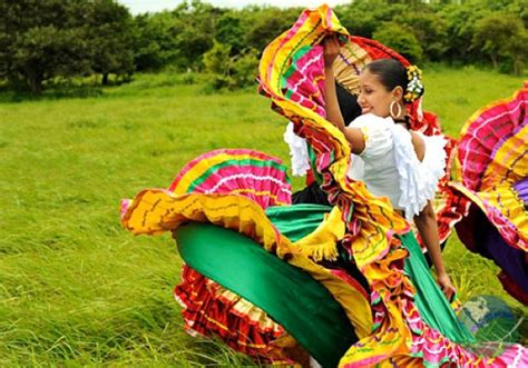 traditions in costa rica lands in love