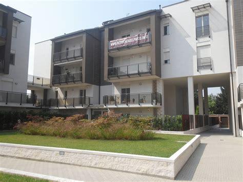 attico con terrazzo torino vendita appartamenti e attici a torino vendita ville a