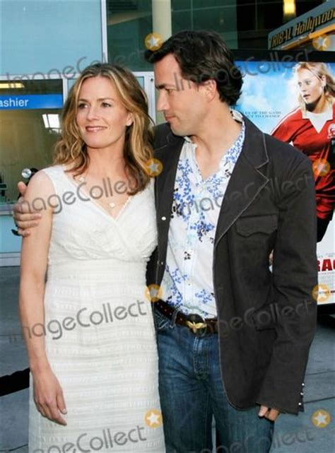 elisabeth shue andrew shue pin by madeleine nguidjol on brothers and sisters pinterest