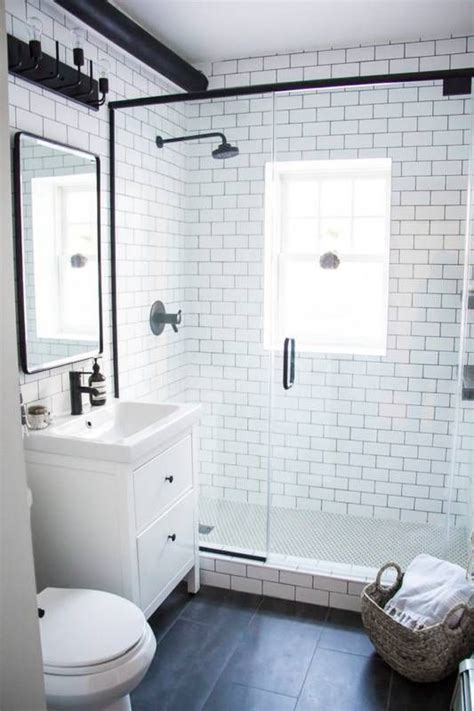 small bathroom ideas black and white 25 best ideas about small bathrooms on pinterest