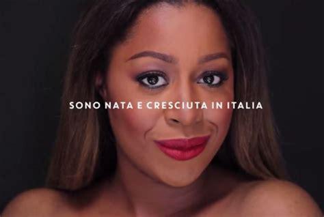 lavorare in francia con carta di soggiorno italiana quot fratelli d italia quot loretta grace canta l inno