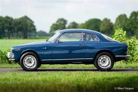 100 Alfa Romeo Classic Blue Alfa Romeo Giulietta