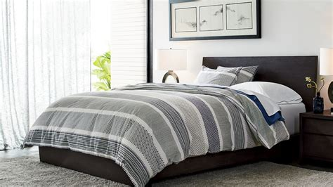 rooms to go bedding room inspiration home decorating ideas crate and barrel