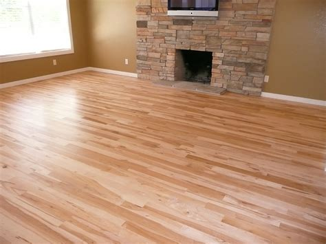floor color light colored laminate flooring