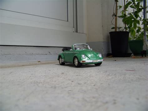 Volkswagen Beetle 1303s Cabriolet75 Aoshima vw cabriolet cox 1303s aoshima 1 24 page 4