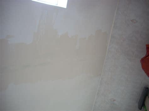 Comment Réparer Une Fissure Au Plafond reboucher fissure plafond comment rparer des fissures au