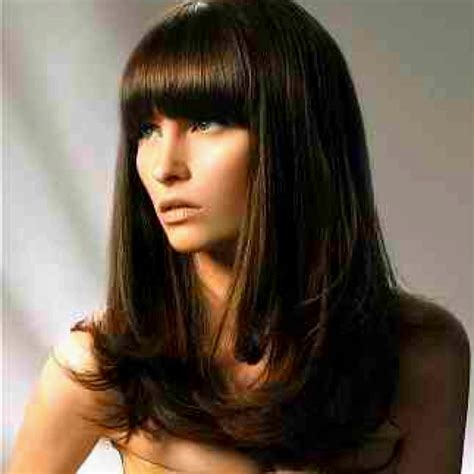 blunt hair cuts with fringe brunette layered hair thick blunt fringe bangs