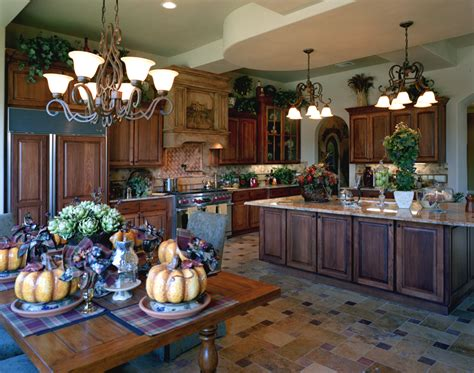 Tuscan Style Home Decorating Ideas | tips on bringing tuscany to the kitchen with tuscan