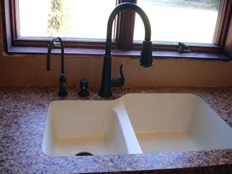 Can You Undermount A Sink With Laminate Countertops by Laminate Countertop Photo Gallery