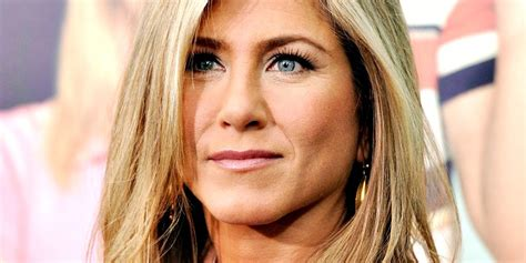 women quot s pubic hairstyle pictures jennifer aniston writes a disturbing viral message