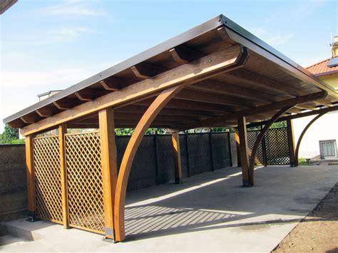 foto di tettoie in legno tettoia di legno modulare per quattro posti auto r04310
