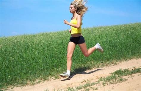 prurito alle gambe dopo la doccia rimedi naturali e casa per affaticamento muscolare