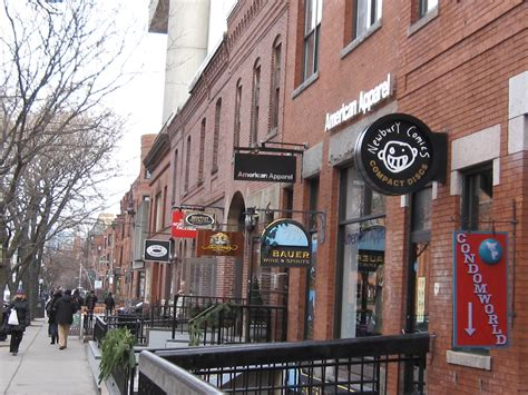Photo Newbury On Boston by Shopping M St Vs Newbury St From District To