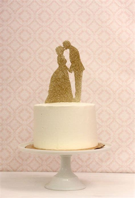 Places To Buy Wedding Cakes by 1000 Ideas About Silhouette Wedding Cake On