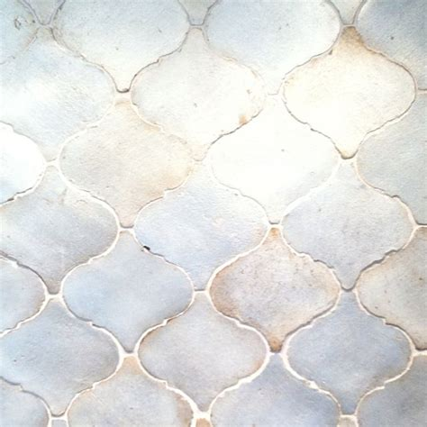 walker zanger s contessa in silver leaf is a beautiful walker zanger tile tile pinterest tile