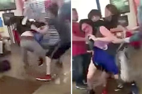 bully gets beat up by victim in locker room high school fight nearly turns deadly after bully s turns purple daily