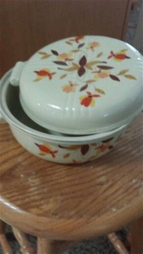 leaf pattern dishes hall s china casserole dish autumn leaf pattern jewel