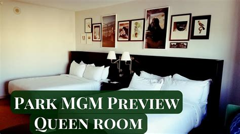 mgm skylofts room tour youtube park mgm preview queen strip view room youtube