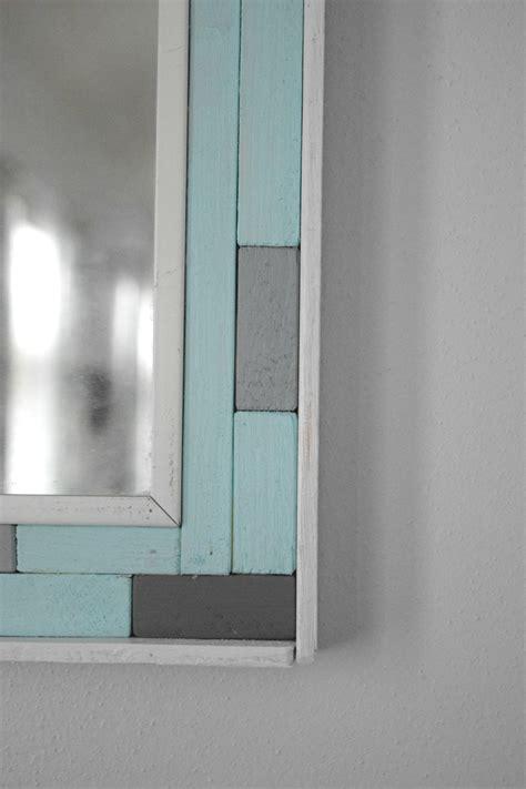 DIY mirror frame corner ? Our House Now a Home