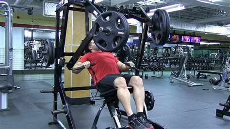 seated chest press vs bench press unilateral decline hammer strength chest press youtube