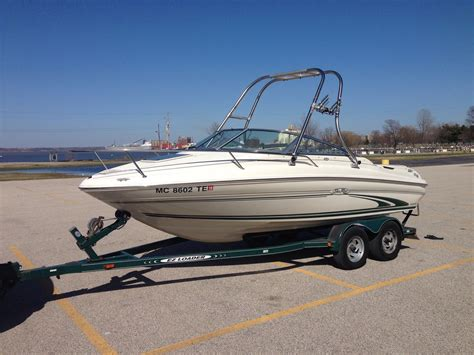 sea ray boats with cabin sea ray 190 signature cuddy cabin with wakeboard tower