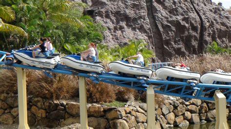 theme park australia sea world australia jet rescue